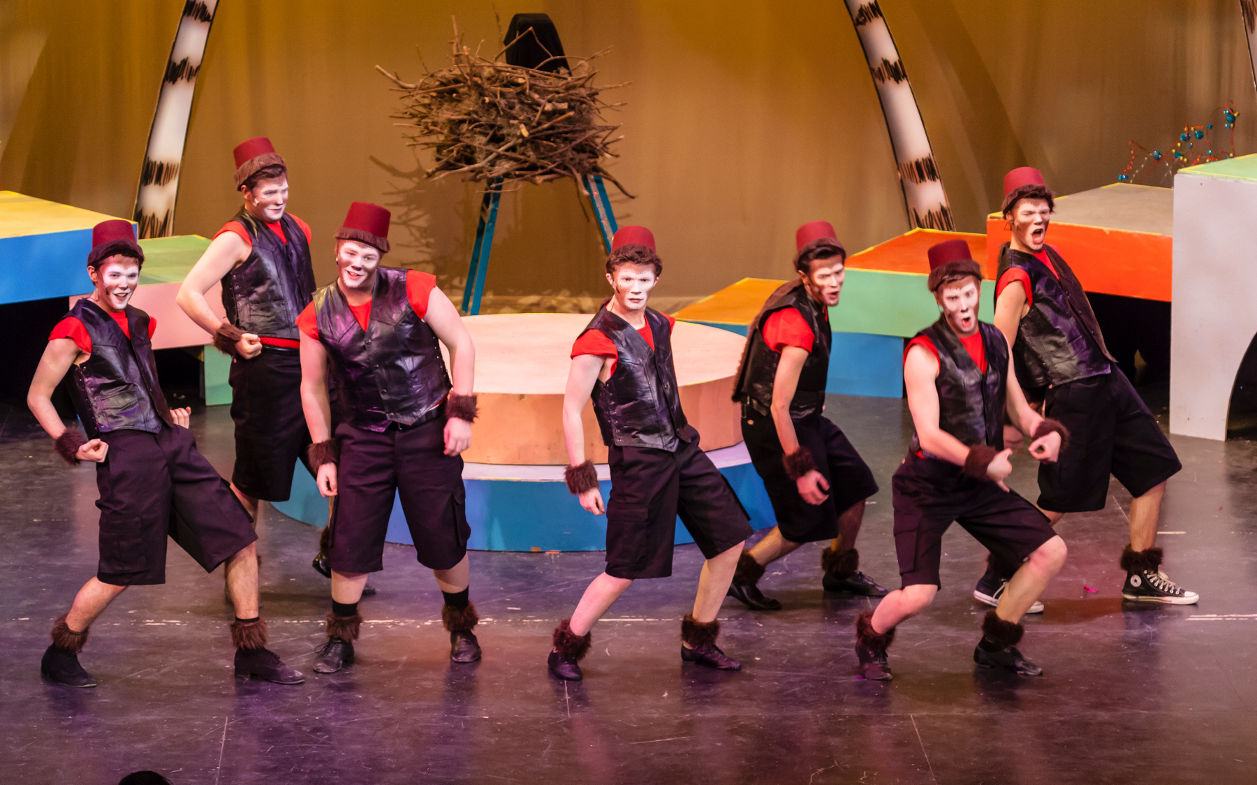 Seussical-2014-02-27-16small